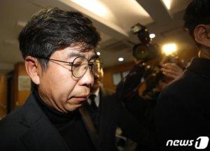 검찰, '유재수 감찰무마 의혹' 백원우도 조사…수사 속도전