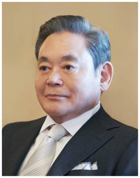 '이건희 회장 재산관리' 삼성 전 임원, '세금 포탈' 집행유예