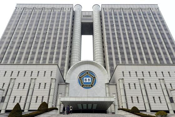 """'텔레그램 N번방' 핵심 운영자 '박사', &quot혐의 인정하냐"""" 질문에…"""