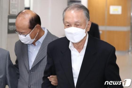 "&quot세월호 보고조작, 허위 맞지만…"" 김기춘에 집행유예 , 왜?(상보)"