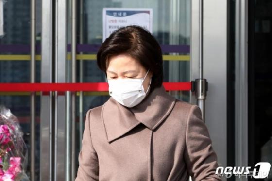 '재판부 불법사찰', '윤석열→검찰 조직' 싸움 커진다