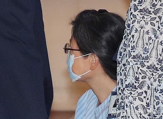 박근혜 전 대통령, 총 형량 징역 22년 확정…사면요건 갖췄다