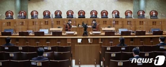 판사 따라 널뛰기? 대법원 '처단형 계산' 논쟁