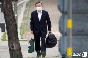 철저히 침묵 지킨 김학의…남은 재판은 '불구속' 진행