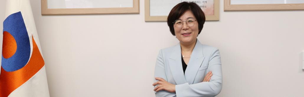 간호사 출신 안성 첫 여성시장 김보라, 25년째 안성 '치유'
