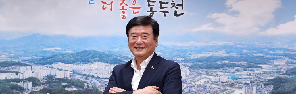"""""""육사 이전, 동두천 캠프호비가 최적"""""""
