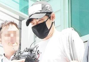 강지환, 실형 면했다..집행유예 3년 묵묵부답