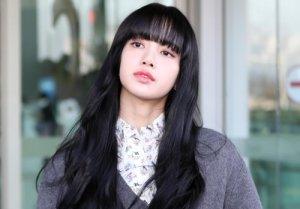 """블랙핑크 리사, 前매니저에 10억 사기..YG """"책임 통감"""""""