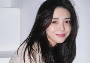 """'AOA 폭로' 권민아, 자해 심경 또 공개..""""(故)설리야 보고 싶다"""""""