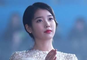 아이유, 1억 기부+'유스케' 특집 방송..팬과 함께하는 데뷔 12주년