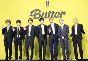 방탄소년단 '버터' 빌보드 핫 100 9주 1위..올해 최장 기간 '大기록'