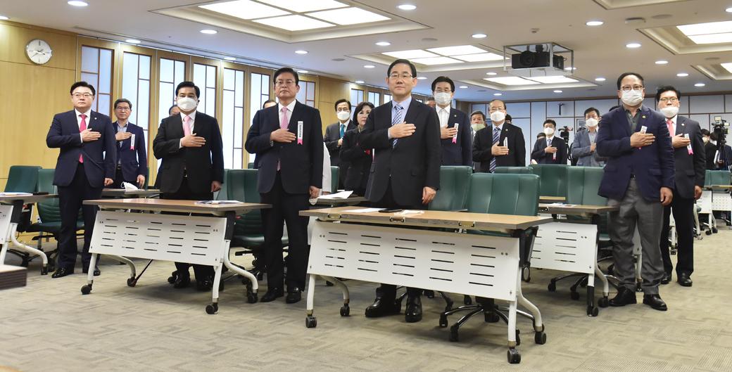통합당 상임전국위, '김종인 비대위' 임기 연장