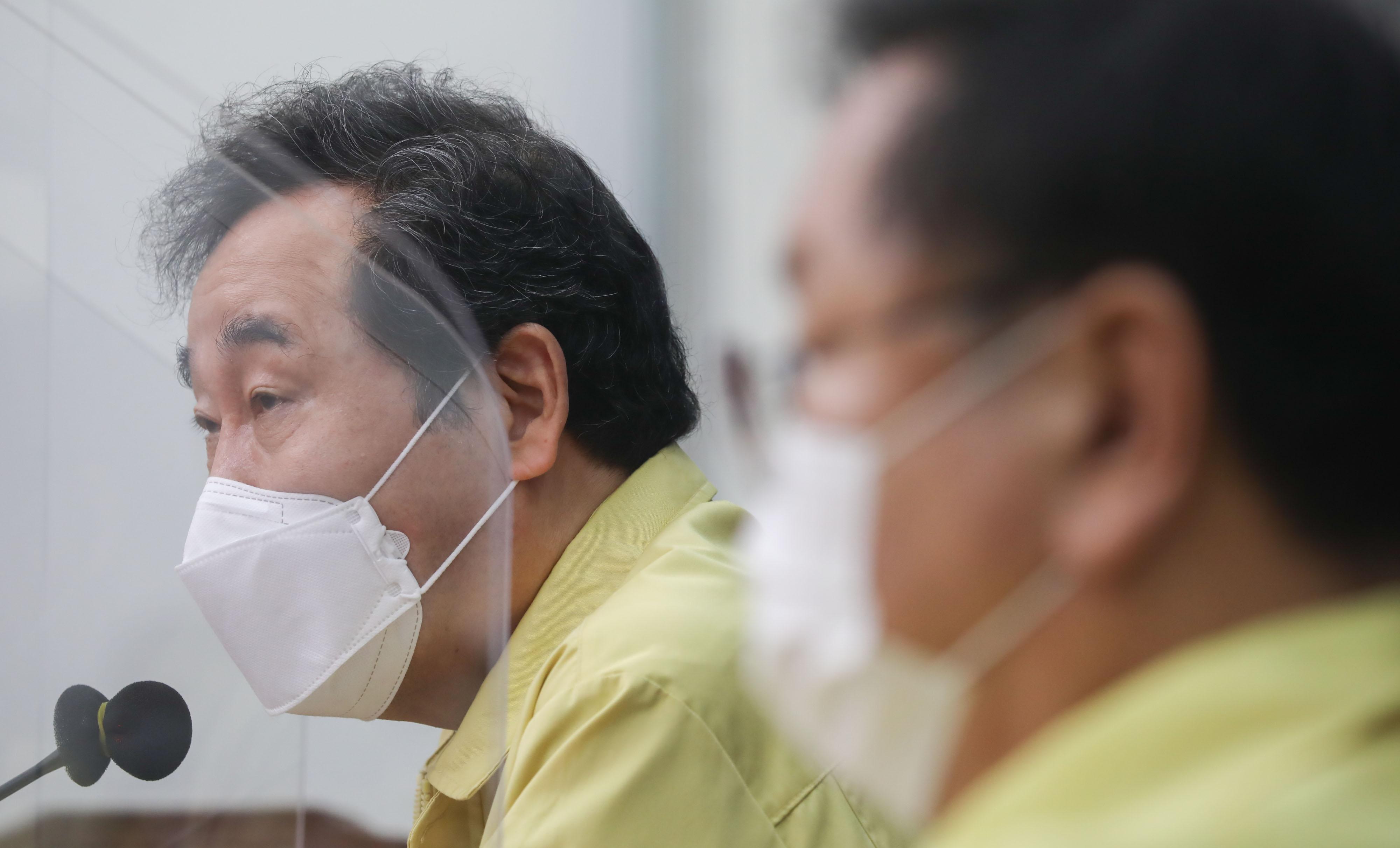 """이낙연 """"추미애 관련 의혹 사실 가리되 과잉대응 자제해야"""""""
