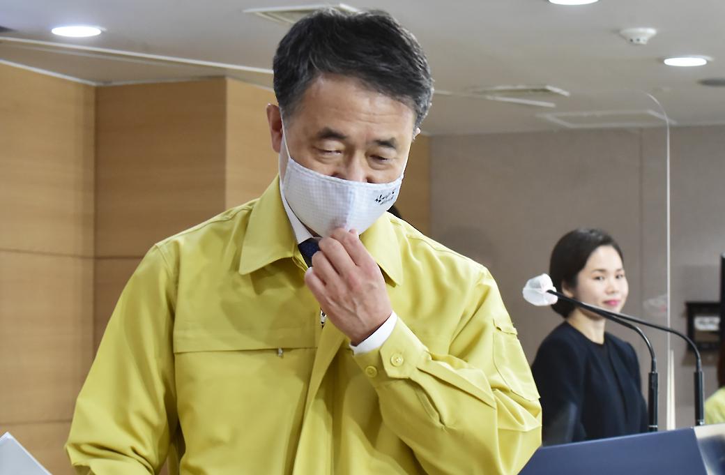 """박능후 장관, """"추석 방역, 가을철 코로나19 유행 결정될 듯"""""""