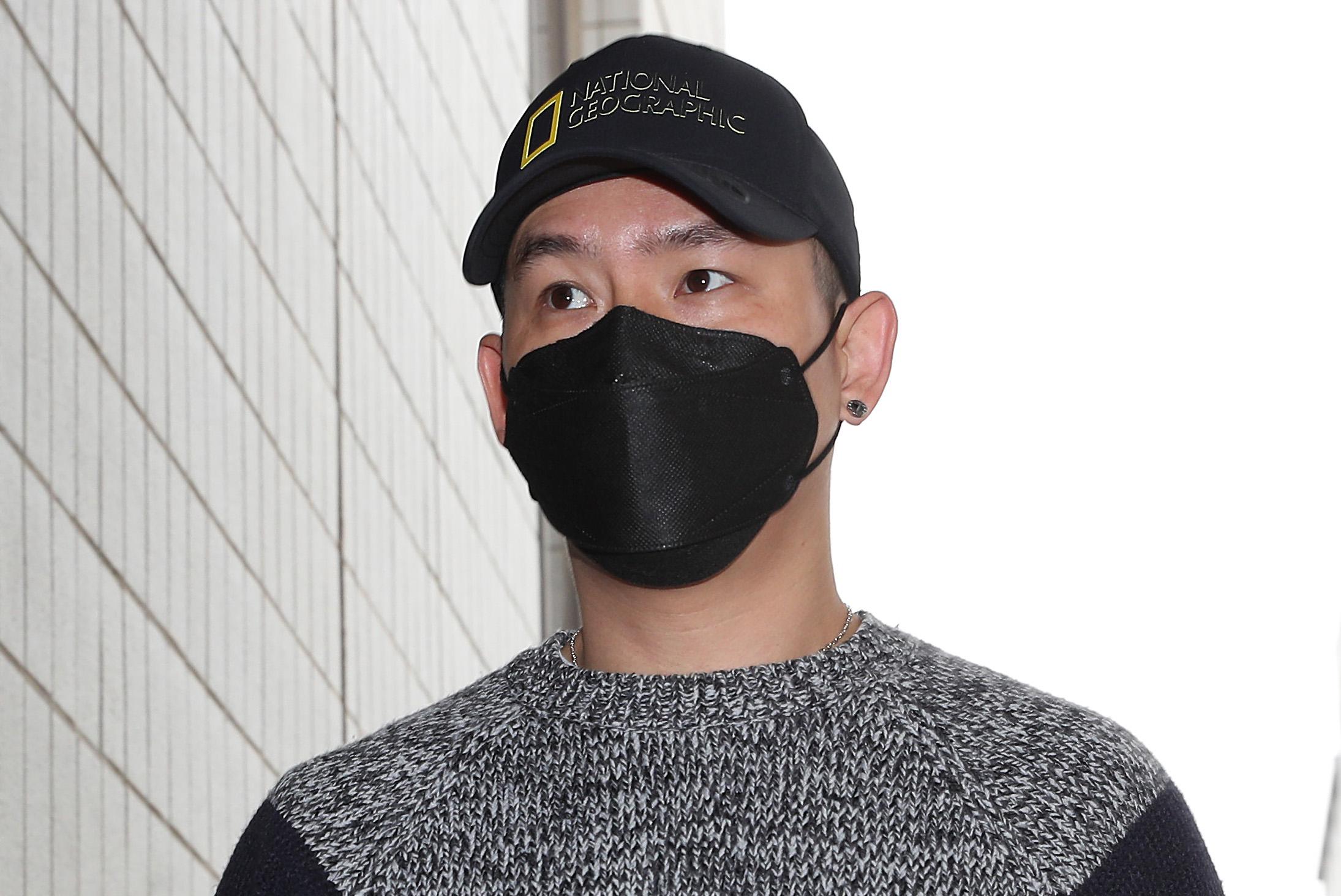 '불법도박장 개설 혐의' 김형인, 첫 공판 출석