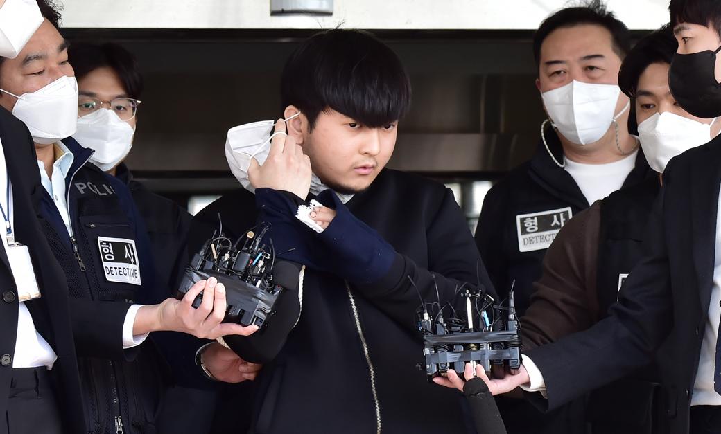 """노원 세모녀 살인 혐의 '김태현' """"죄송하다"""" 반복"""