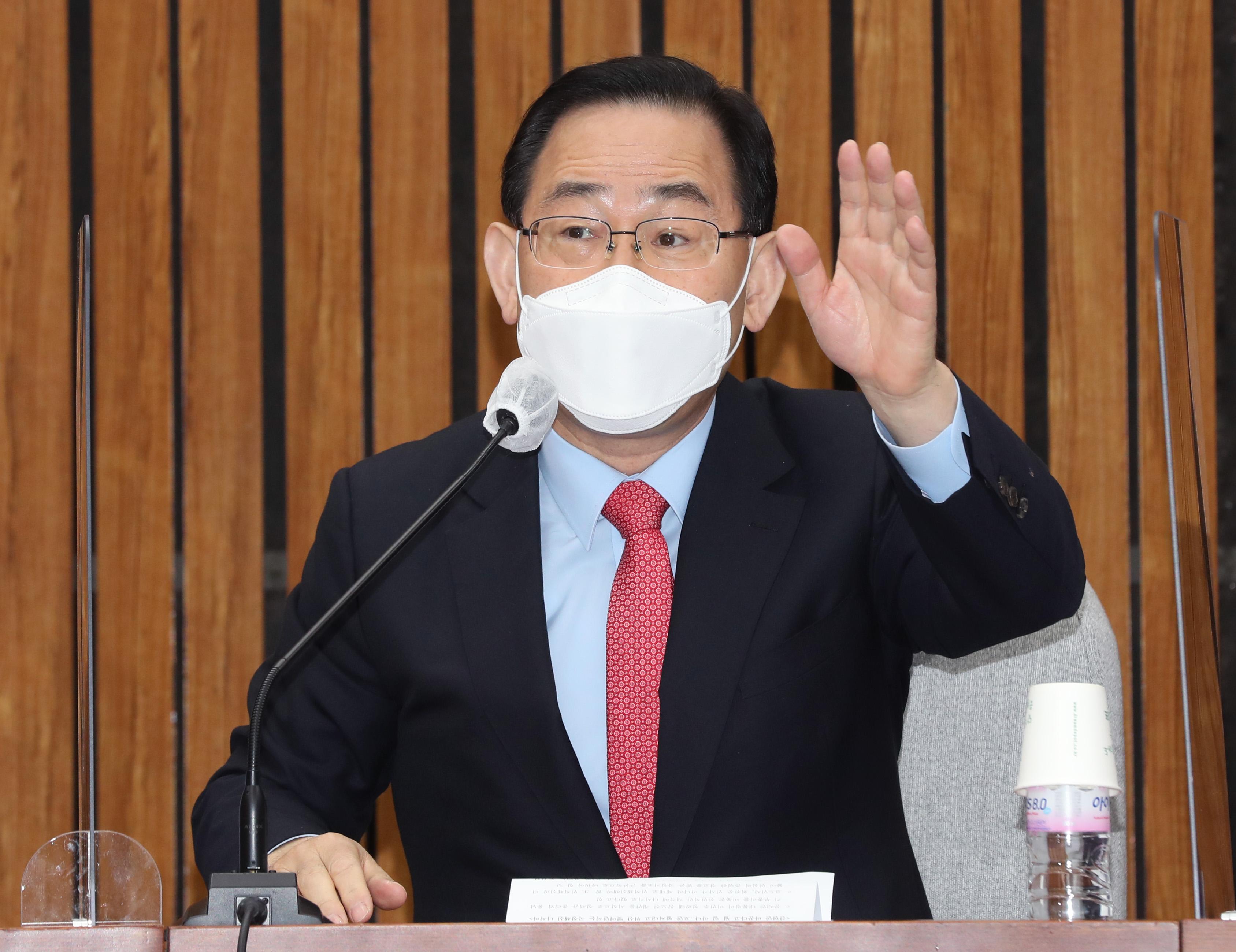 """주호영 """"국민의당과 합당부터 정리하고 당대표 출마 결정하겠다"""""""
