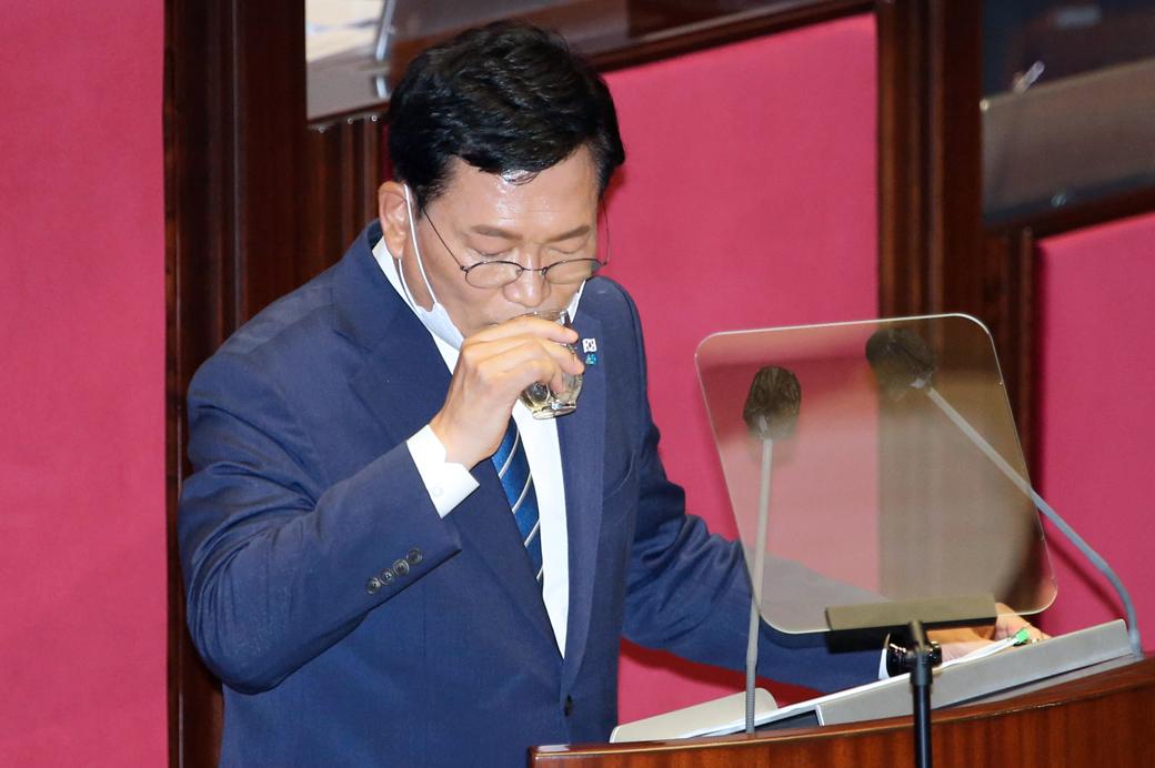 """與 송영길 """"세금 때려도 집값 안잡혀…'공급폭탄' 지속 추진"""""""